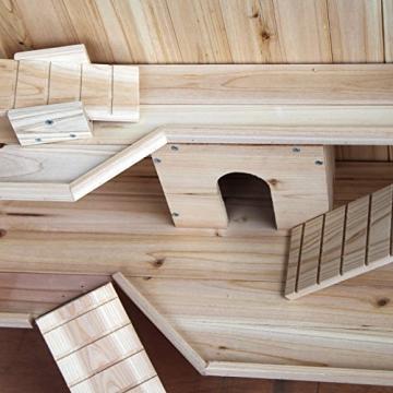 Hamsterkäfig aus Massivholz mit Leitern